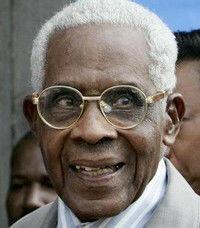 Aimé CÉSAIRE 26 juin 1913 - 17 avril 2008