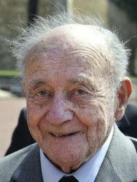 Mort : Étienne Schlumberger 20 mars 1915 - 9 septembre 2014