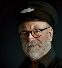 Terry Pratchett 28 avril 1948 - 12 mars 2015