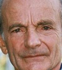 Dettmar Cramer 4 avril 1925 - 17 septembre 2015