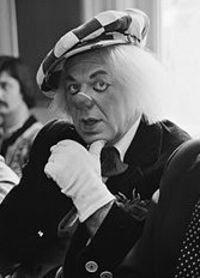 Funérailles : Oleg Popov 31 juillet 1930 - 2 novembre 2016