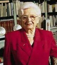 Christiane DESROCHES NOBLECOURT 17 novembre 1913 - 23 juin 2011