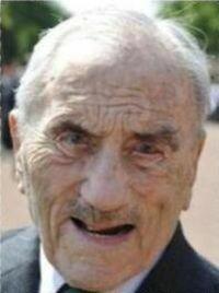 Enterrement : Pierre LOUIS-DREYFUS 17 mai 1908 - 15 janvier 2011