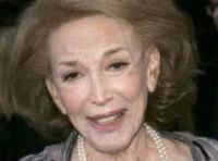 Disparition : Helen Gurley BROWN 18 février 1922 - 13 août 2012